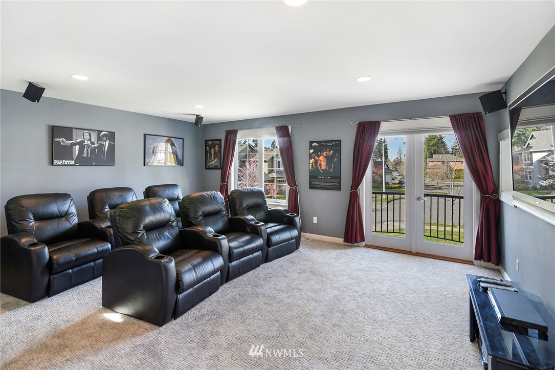 Sold Property   22548 5th Place W Bothell, WA 98021 31