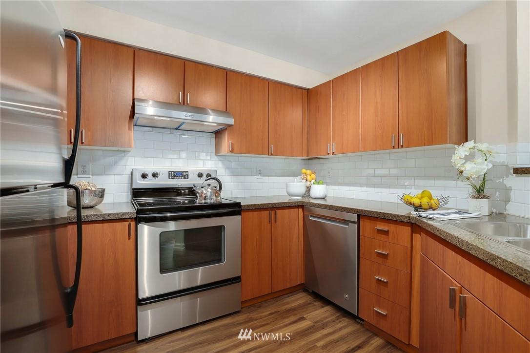 Sold Property | 7711 NE 175th Street #A312 Kenmore, WA 98028 5