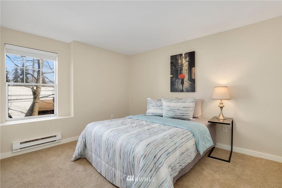 Sold Property | 7711 NE 175th Street #A312 Kenmore, WA 98028 10