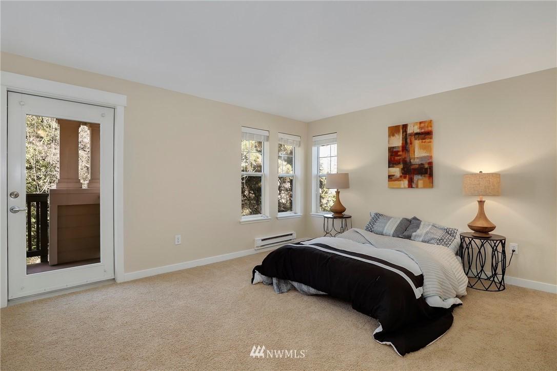 Sold Property | 7711 NE 175th Street #A312 Kenmore, WA 98028 12