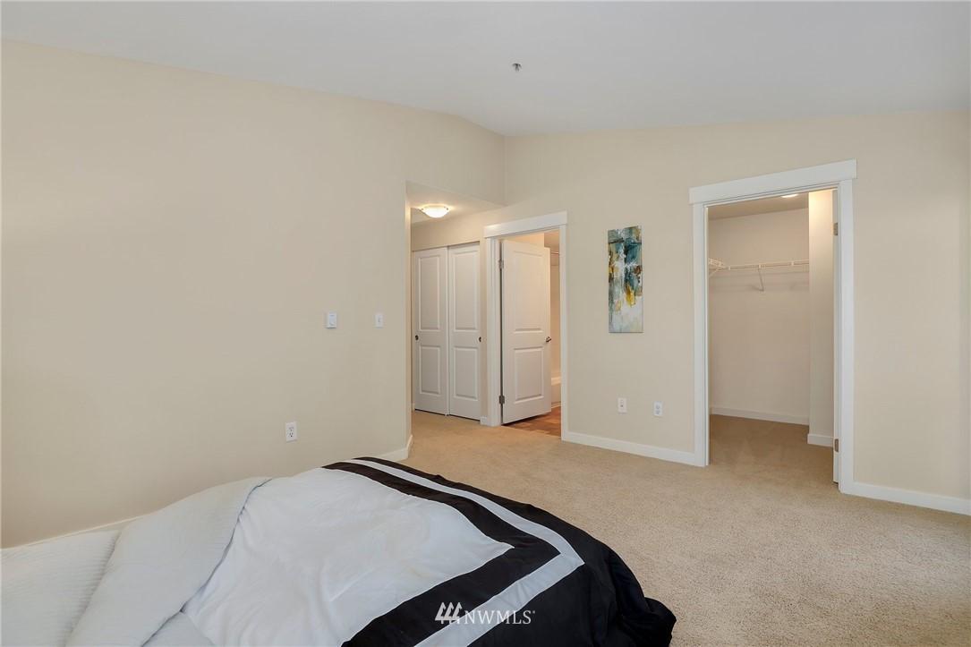 Sold Property | 7711 NE 175th Street #A312 Kenmore, WA 98028 13