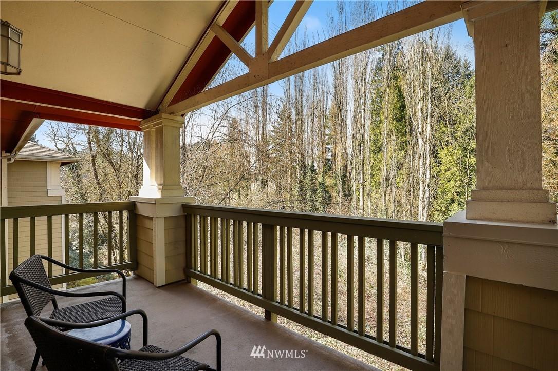 Sold Property | 7711 NE 175th Street #A312 Kenmore, WA 98028 17