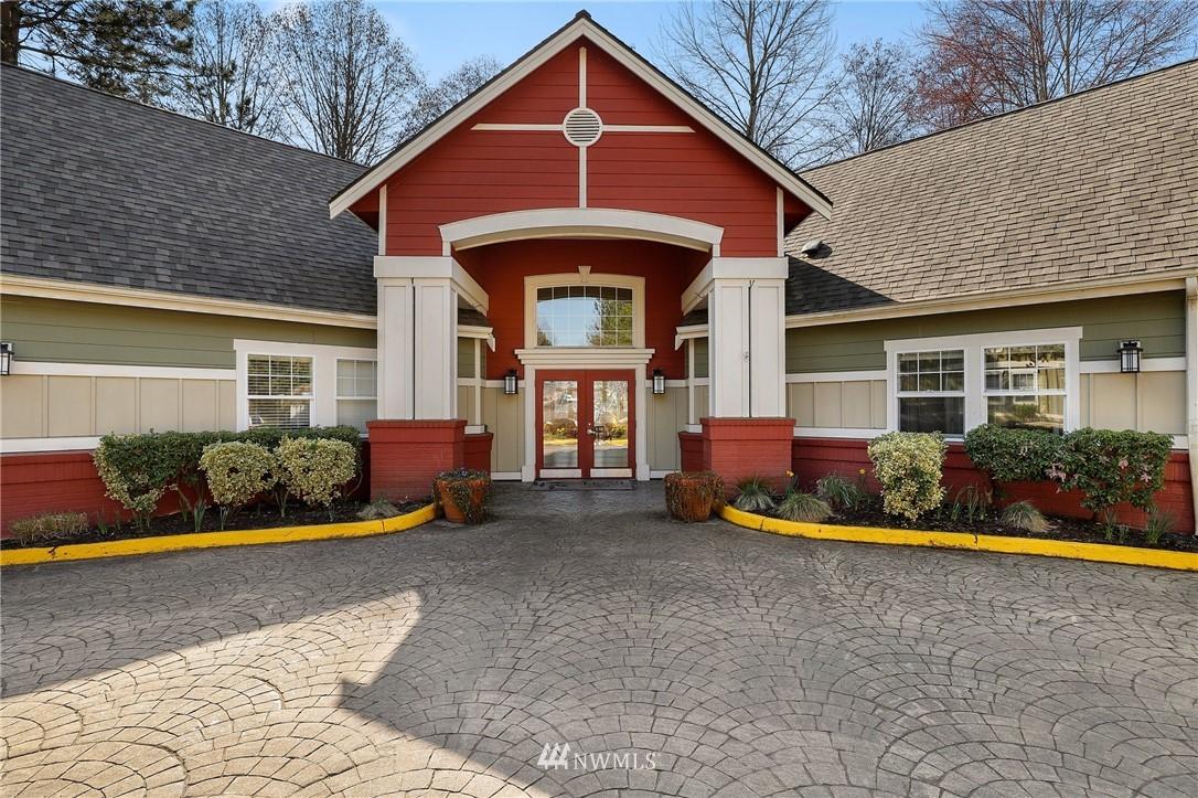 Sold Property | 7711 NE 175th Street #A312 Kenmore, WA 98028 21