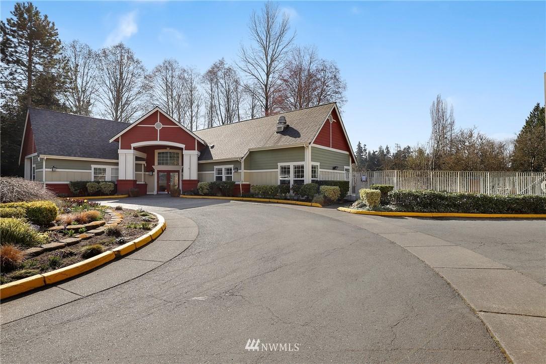 Sold Property | 7711 NE 175th Street #A312 Kenmore, WA 98028 22