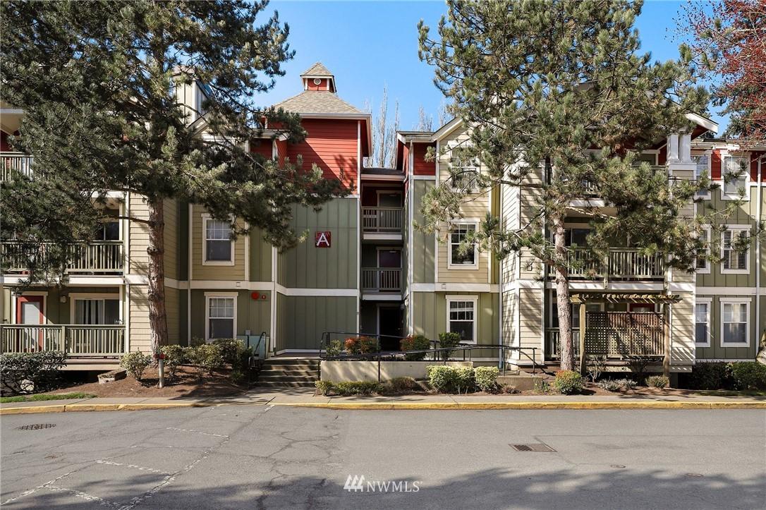 Sold Property | 7711 NE 175th Street #A312 Kenmore, WA 98028 25