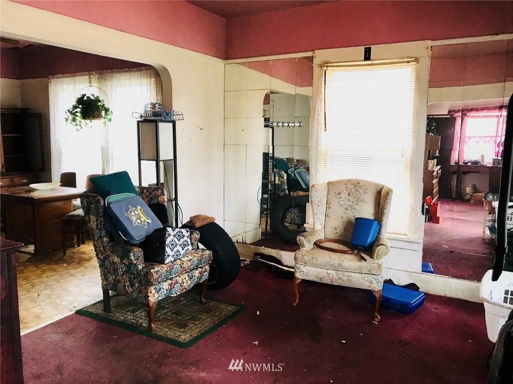 Sold Property   1129 N 84th Street Seattle, WA 98103 2
