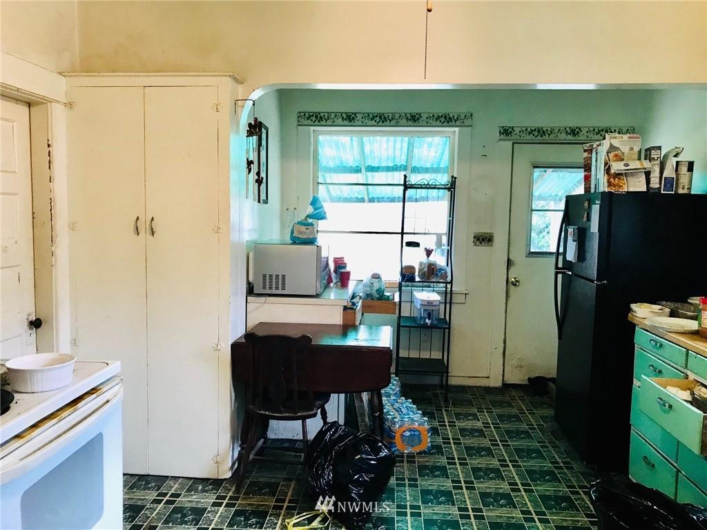 Sold Property   1129 N 84th Street Seattle, WA 98103 3