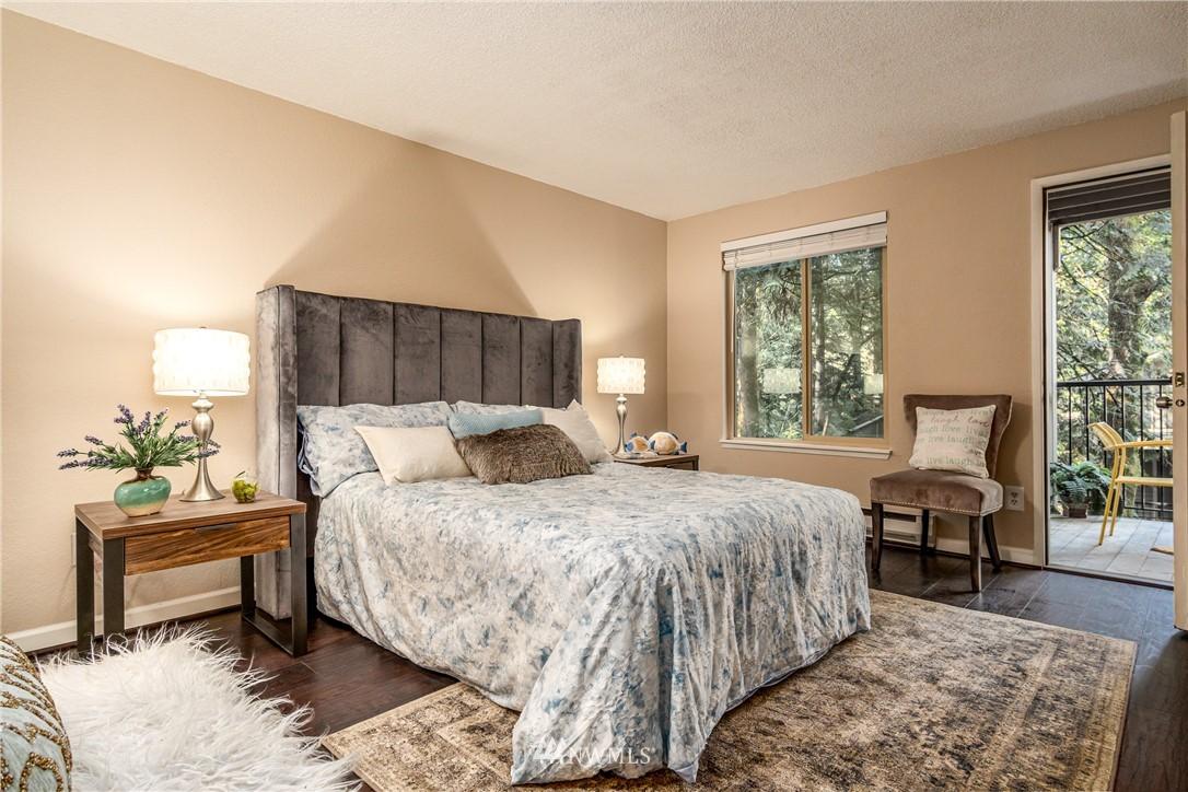 Sold Property   14638 NE 80th Place #B-33 Redmond, WA 98052 12
