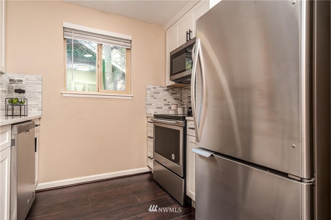 Sold Property   14638 NE 80th Place #B-33 Redmond, WA 98052 9