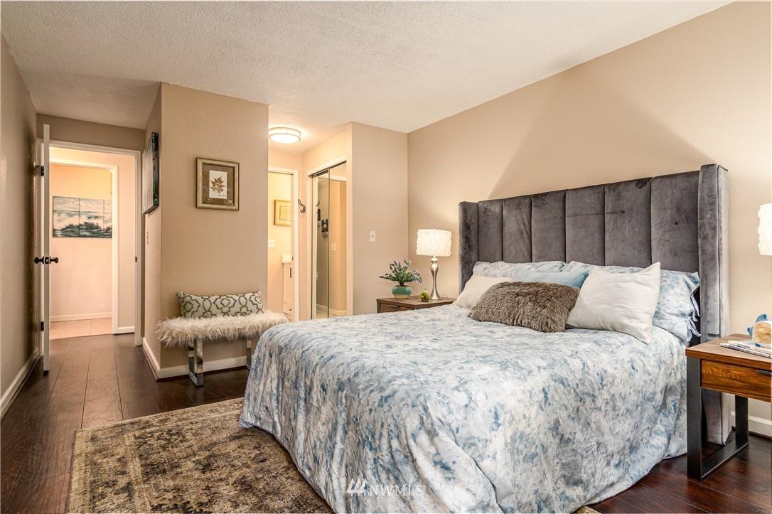 Sold Property   14638 NE 80th Place #B-33 Redmond, WA 98052 10