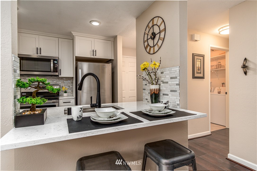 Sold Property   14638 NE 80th Place #B-33 Redmond, WA 98052 8