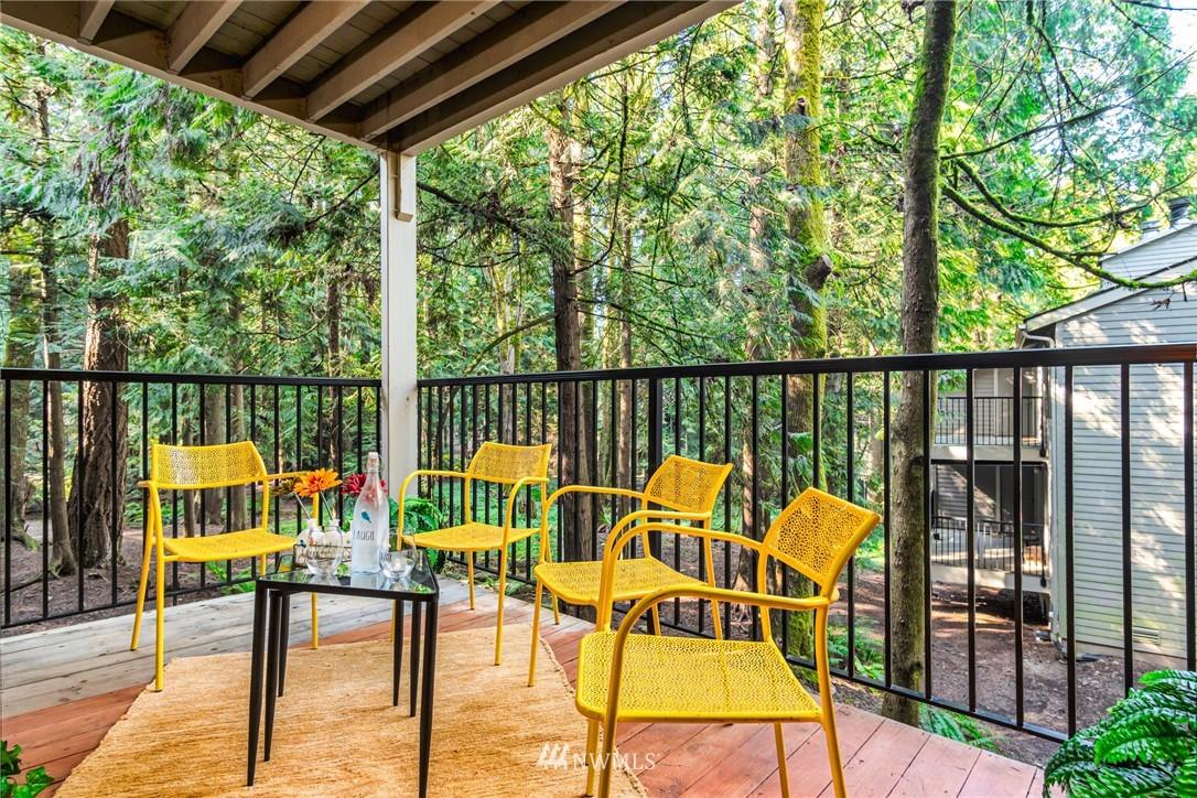Sold Property   14638 NE 80th Place #B-33 Redmond, WA 98052 16