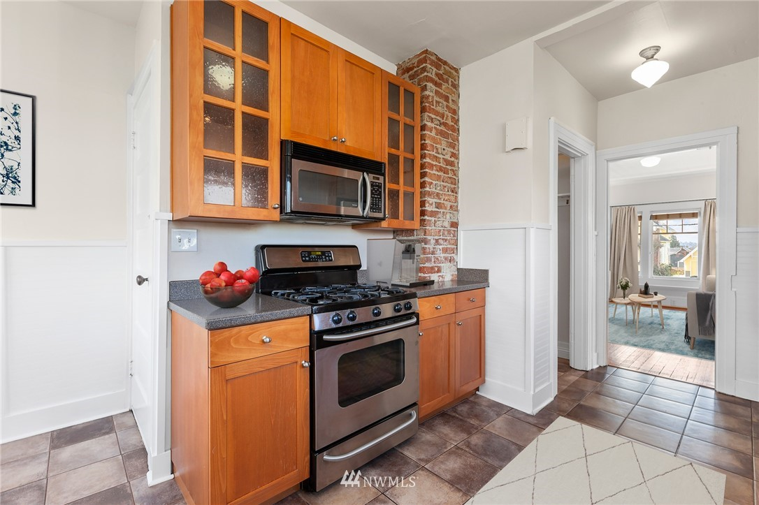 Sold Property | 4530 S Findlay Street Seattle, WA 98118 12