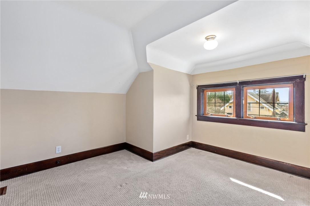 Sold Property | 4530 S Findlay Street Seattle, WA 98118 32