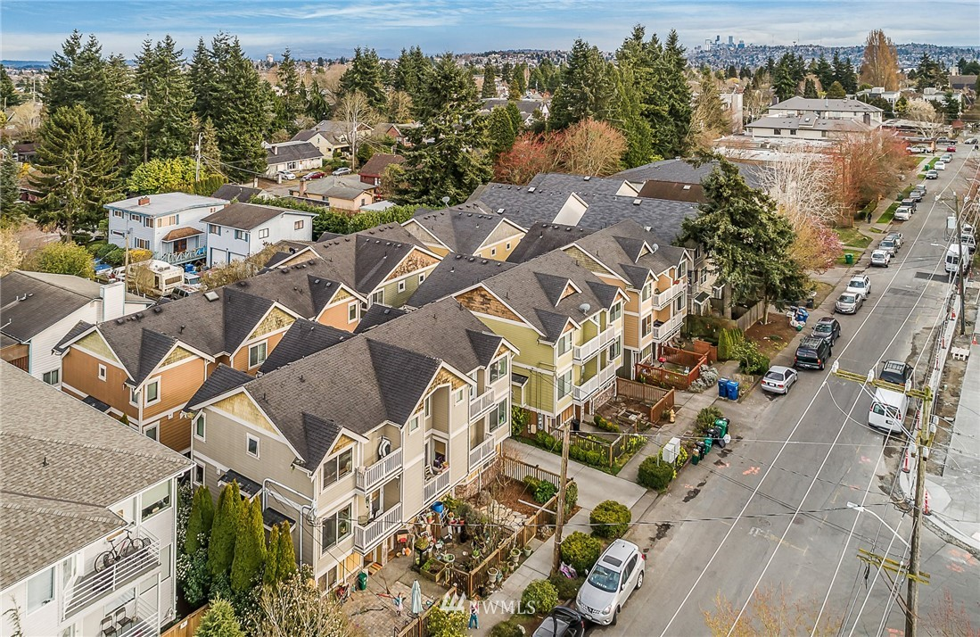 Sold Property | 8702 Mary Avenue NW #A Seattle, WA 98117 21