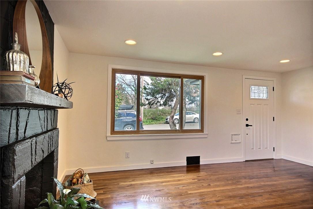 Sold Property   4353 S Bennett Street Seattle, WA 98118 8