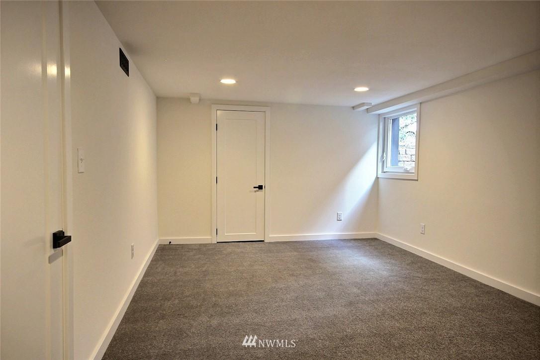 Sold Property   4353 S Bennett Street Seattle, WA 98118 15
