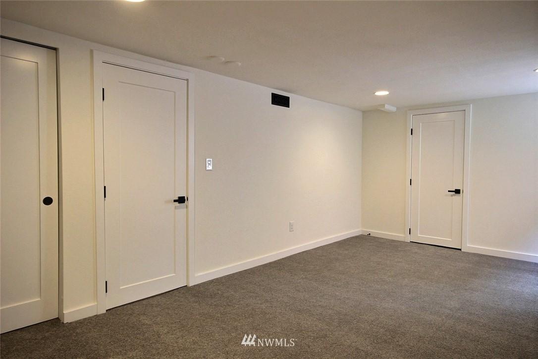 Sold Property   4353 S Bennett Street Seattle, WA 98118 16