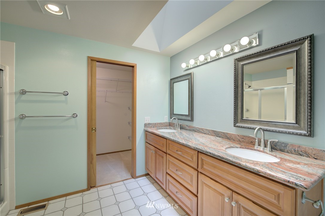 Sold Property | 11811 40th Avenue SE Everett, WA 98208 23