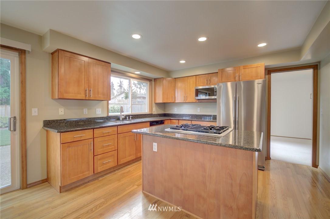 Sold Property | 11811 40th Avenue SE Everett, WA 98208 6