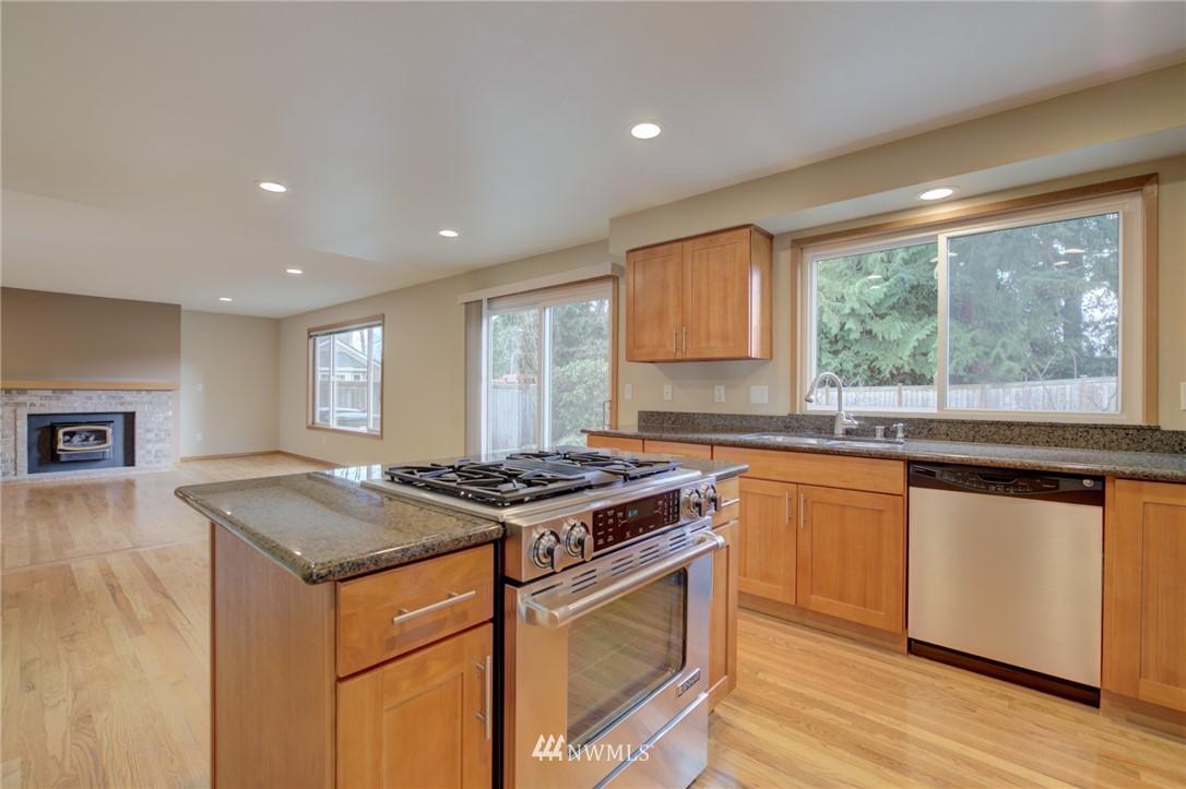 Sold Property | 11811 40th Avenue SE Everett, WA 98208 8
