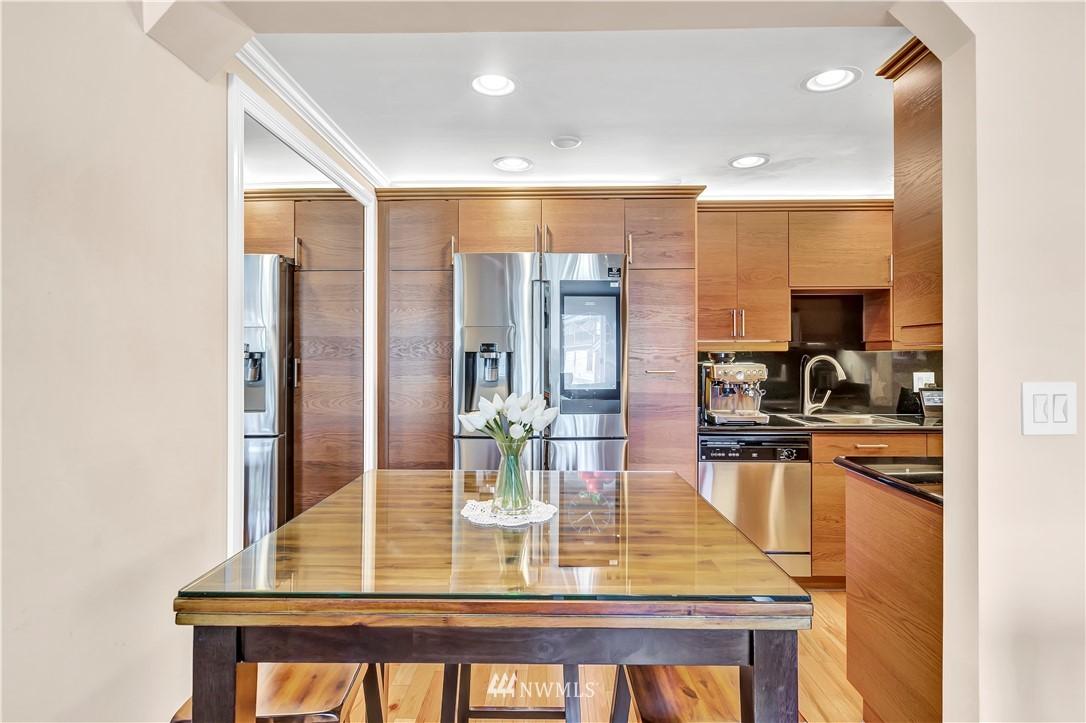 Sold Property | 919 2nd Avenue W #408 Seattle, WA 98119 9