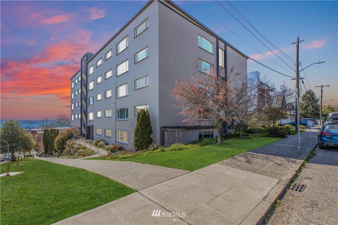 Sold Property | 919 2nd Avenue W #408 Seattle, WA 98119 0