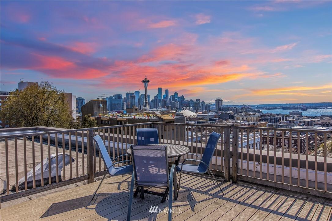 Sold Property | 919 2nd Avenue W #408 Seattle, WA 98119 22