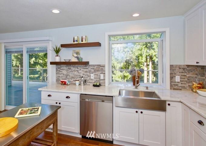 Sold Property | 6501 121st Avenue SE Bellevue, WA 98006 10