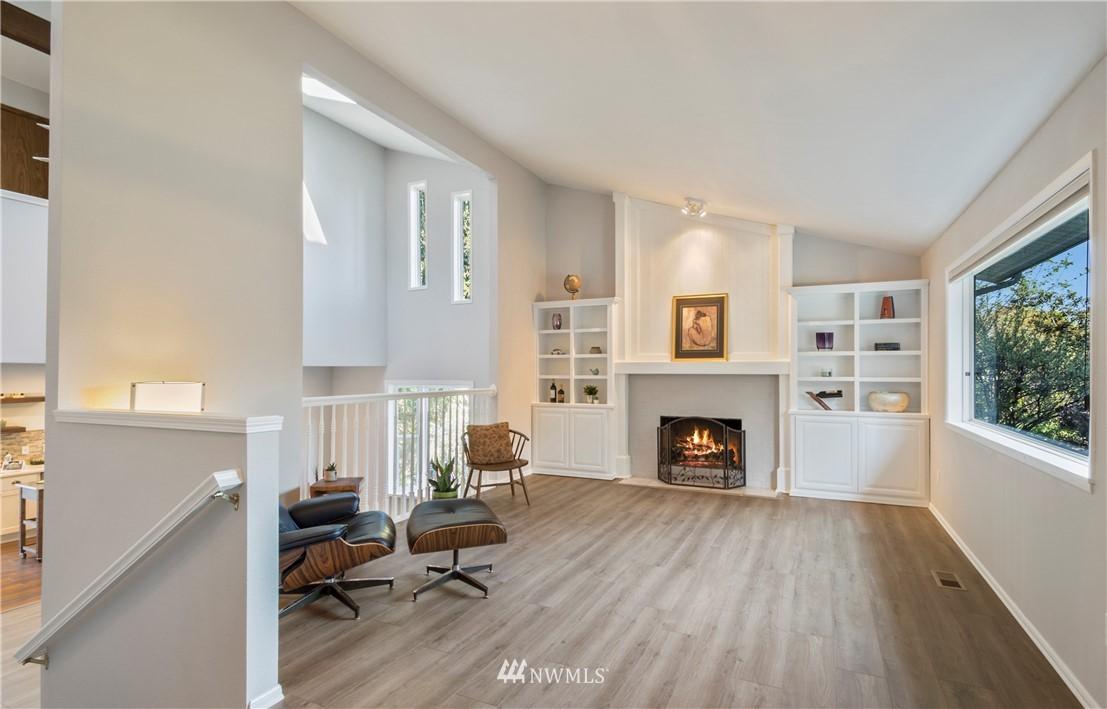 Sold Property | 6501 121st Avenue SE Bellevue, WA 98006 2