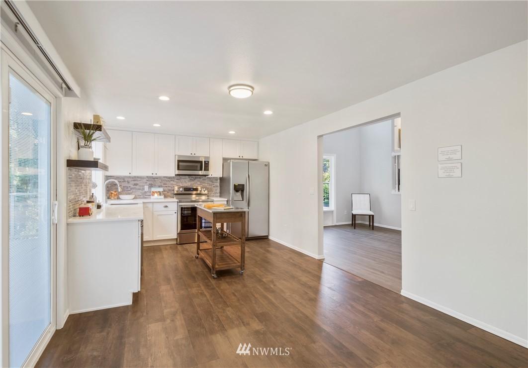 Sold Property | 6501 121st Avenue SE Bellevue, WA 98006 8