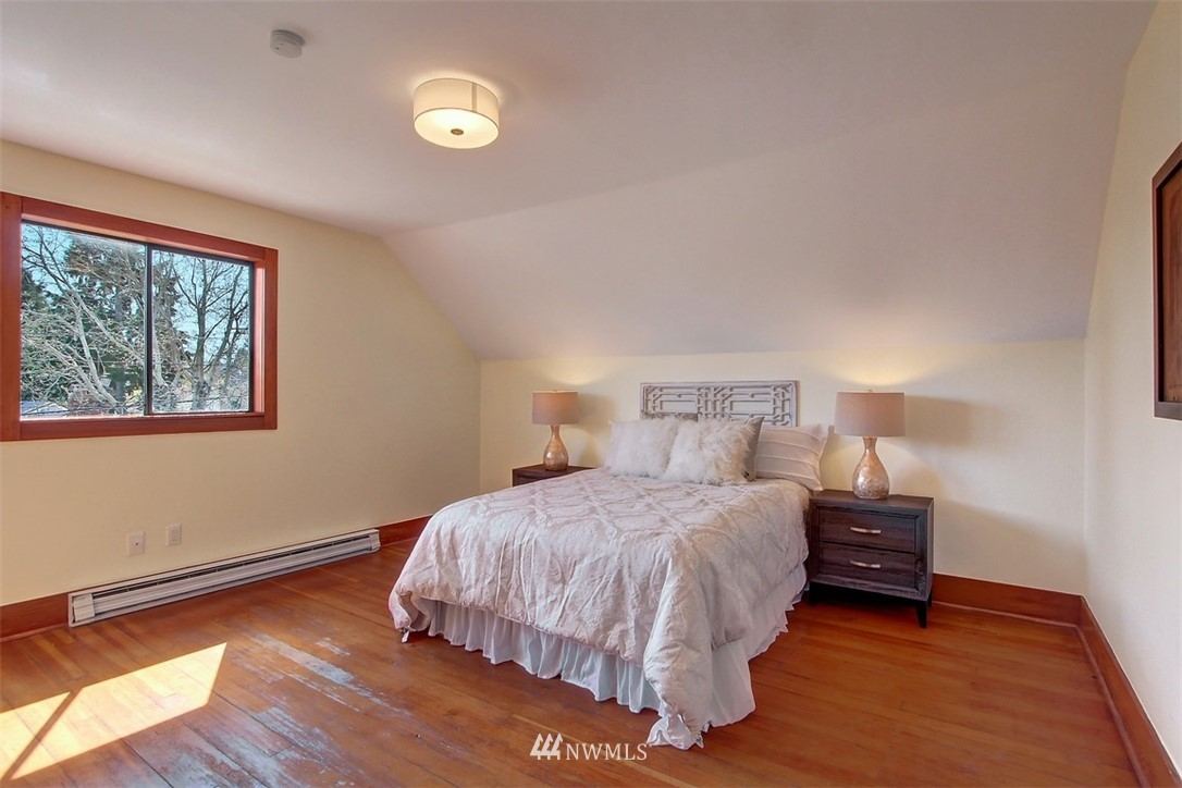 Sold Property   514 N 79th Street Seattle, WA 98103 11