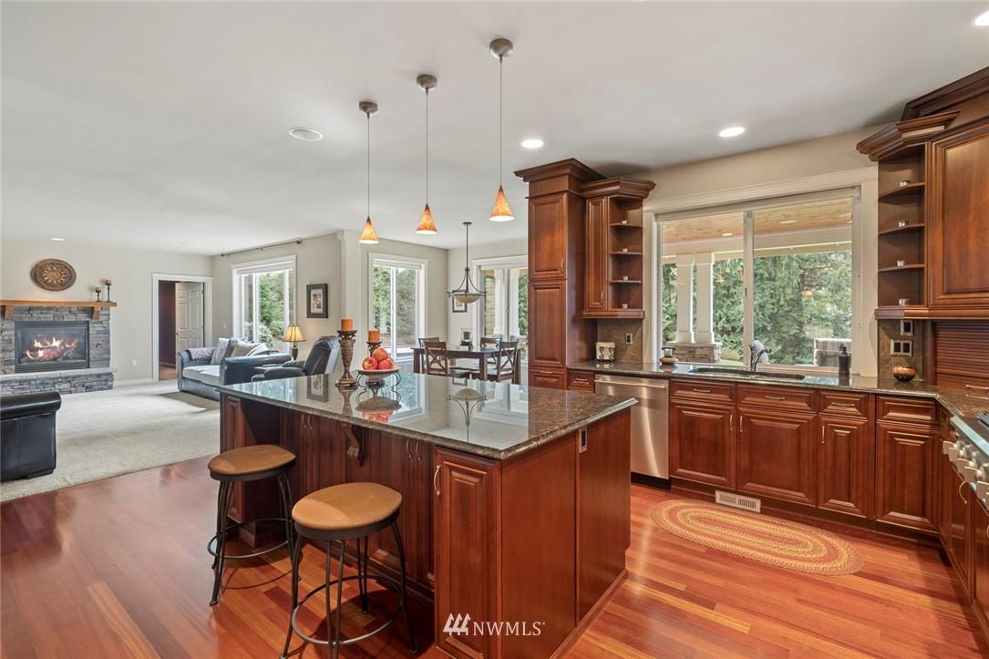Sold Property | 19025 NE 183rd Street Woodinville, WA 98077 7