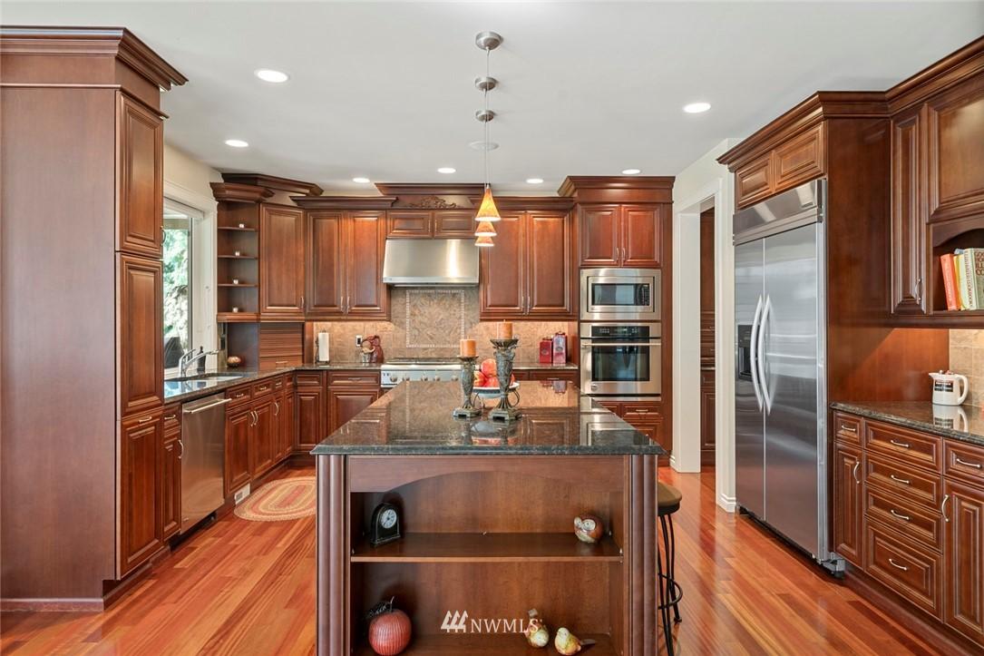 Sold Property | 19025 NE 183rd Street Woodinville, WA 98077 8