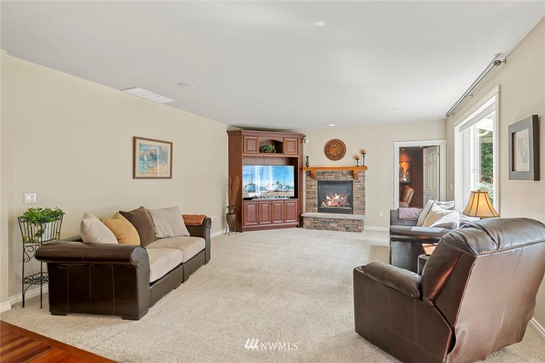 Sold Property | 19025 NE 183rd Street Woodinville, WA 98077 11