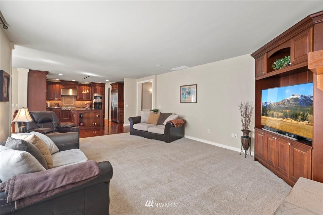 Sold Property | 19025 NE 183rd Street Woodinville, WA 98077 14