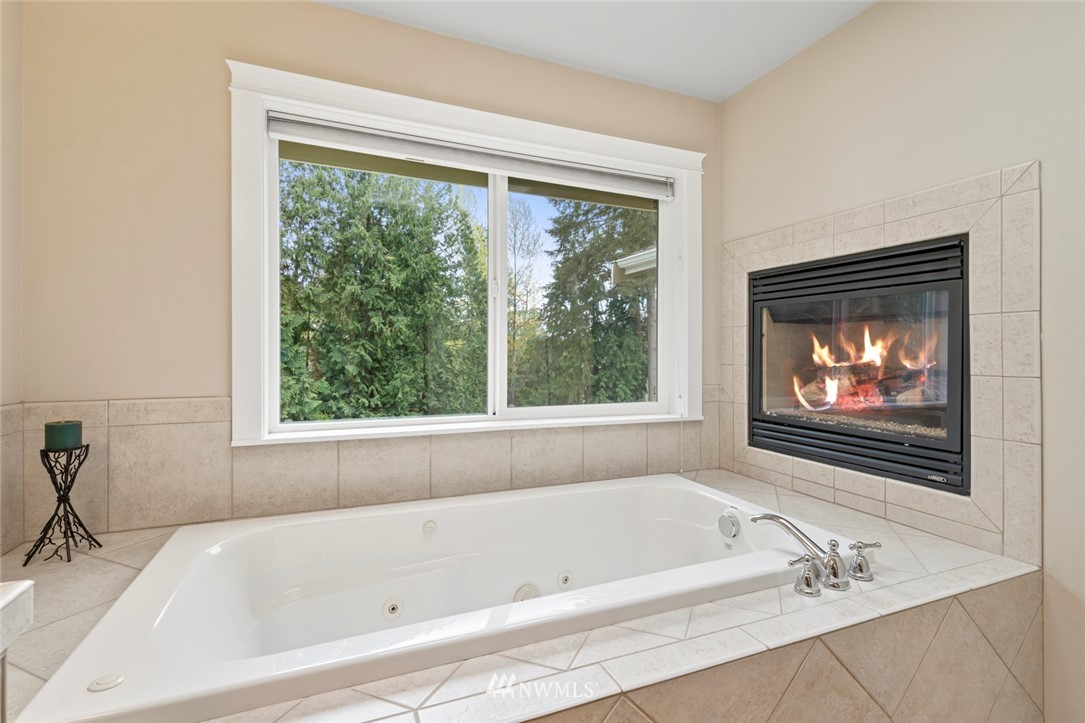 Sold Property | 19025 NE 183rd Street Woodinville, WA 98077 26