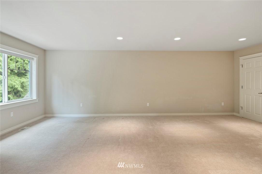 Sold Property | 19025 NE 183rd Street Woodinville, WA 98077 31