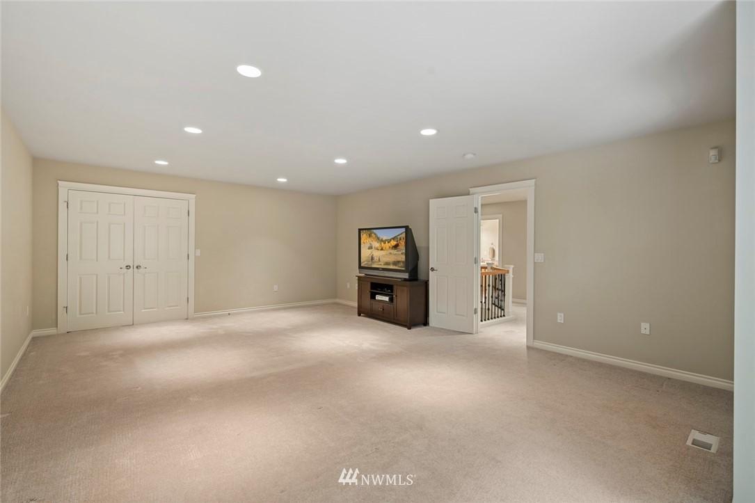 Sold Property | 19025 NE 183rd Street Woodinville, WA 98077 32