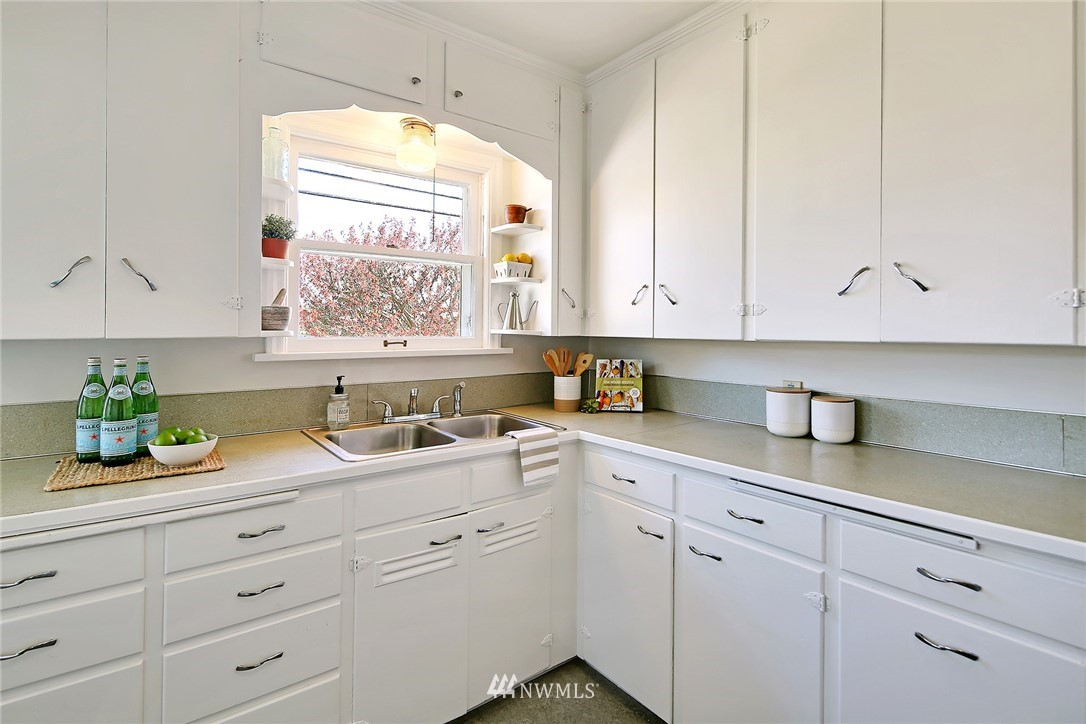 Sold Property   3702 S Ainsworth Avenue Tacoma, WA 98418 7