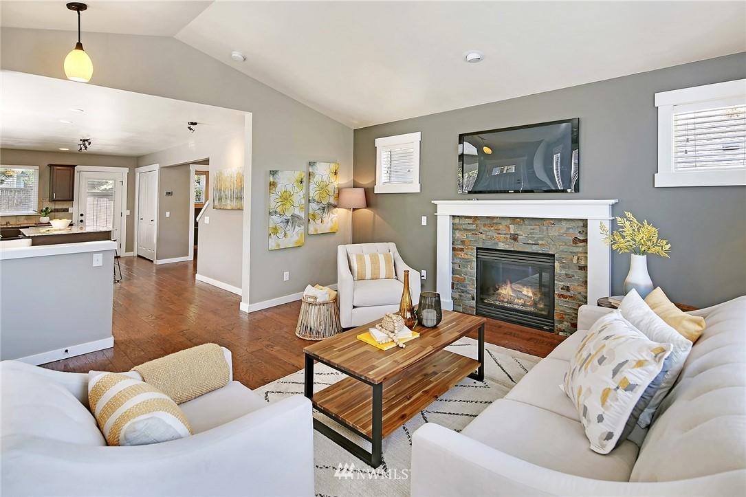 Sold Property | 21410 40th Court W Mountlake Terrace, WA 98043 3