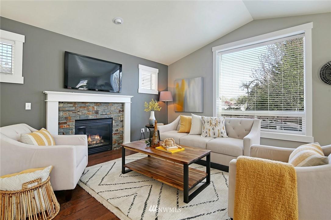 Sold Property | 21410 40th Court W Mountlake Terrace, WA 98043 4