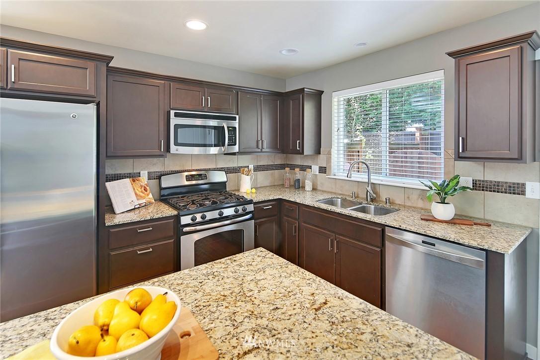 Sold Property | 21410 40th Court W Mountlake Terrace, WA 98043 8