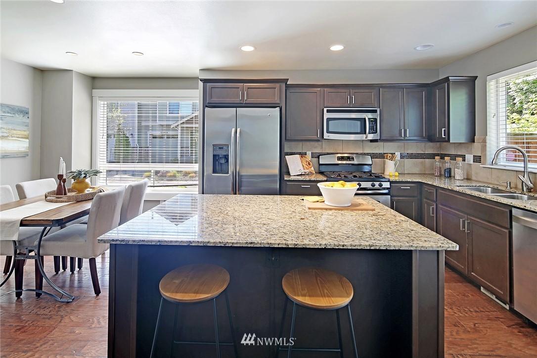 Sold Property | 21410 40th Court W Mountlake Terrace, WA 98043 11