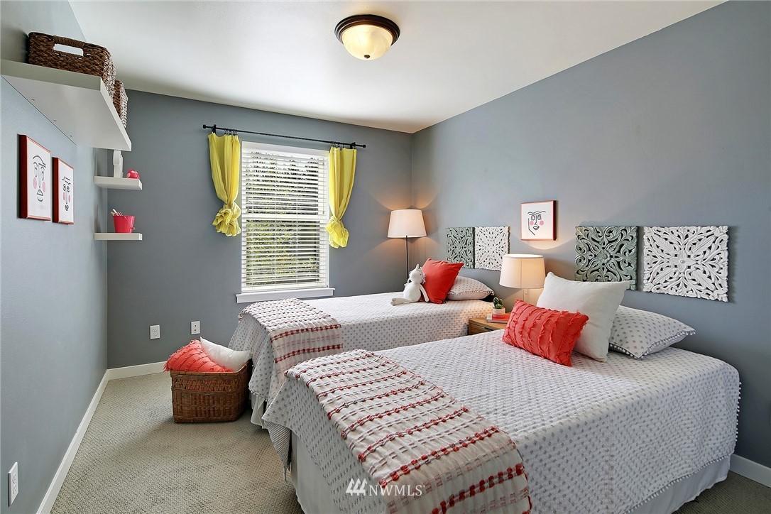Sold Property | 21410 40th Court W Mountlake Terrace, WA 98043 16