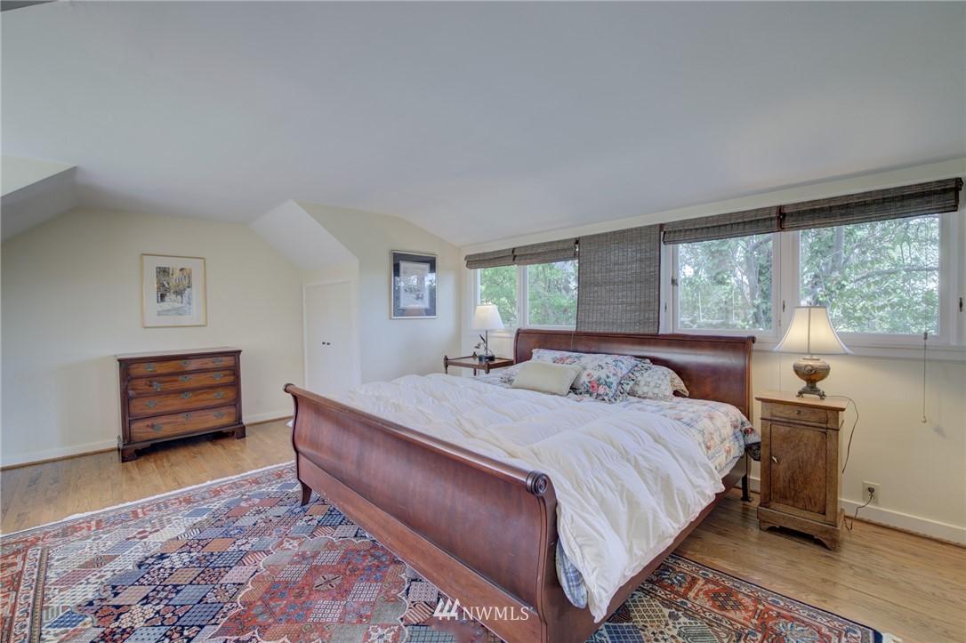 Sold Property | 5600 Ann Arbor Avenue NE Seattle, WA 98105 23