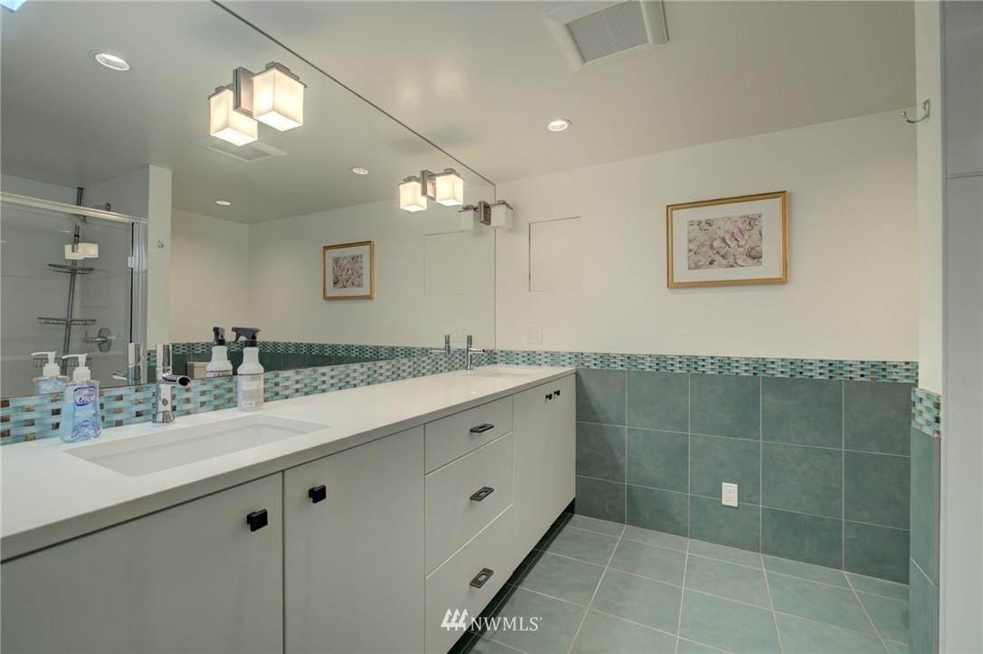 Sold Property | 5600 Ann Arbor Avenue NE Seattle, WA 98105 28