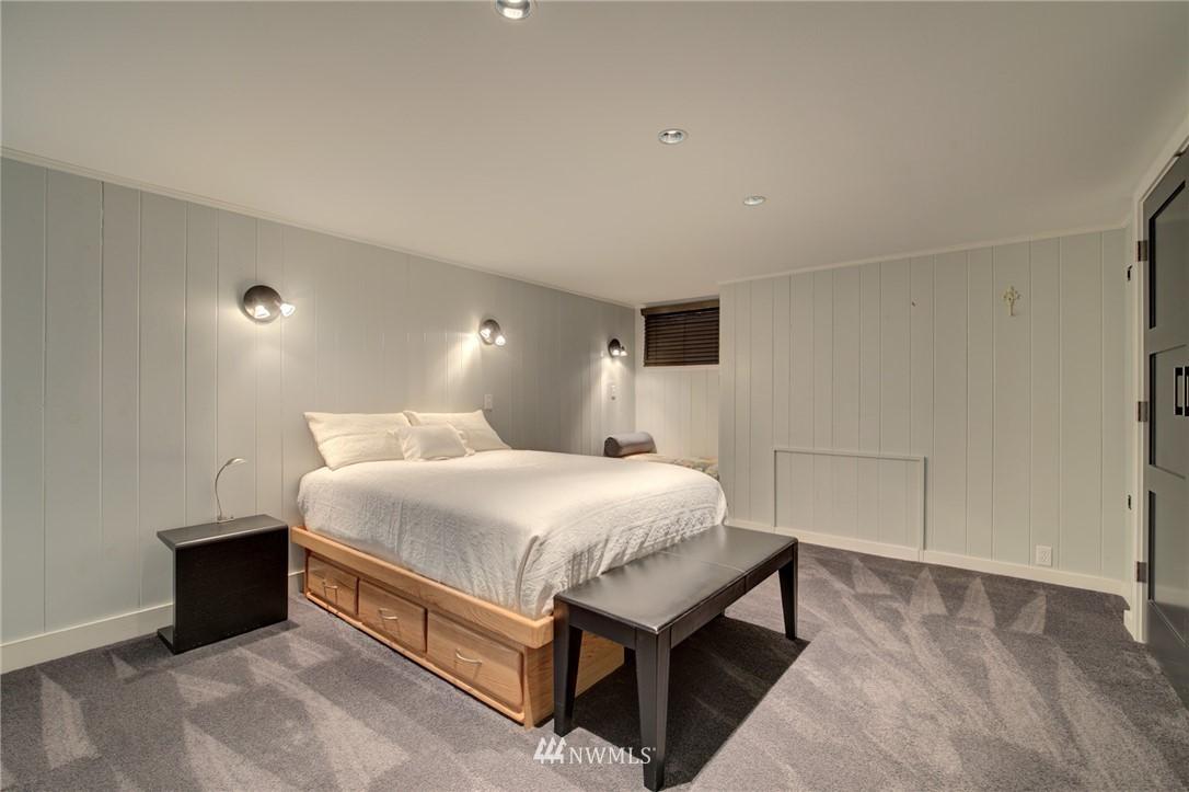 Sold Property | 5600 Ann Arbor Avenue NE Seattle, WA 98105 29