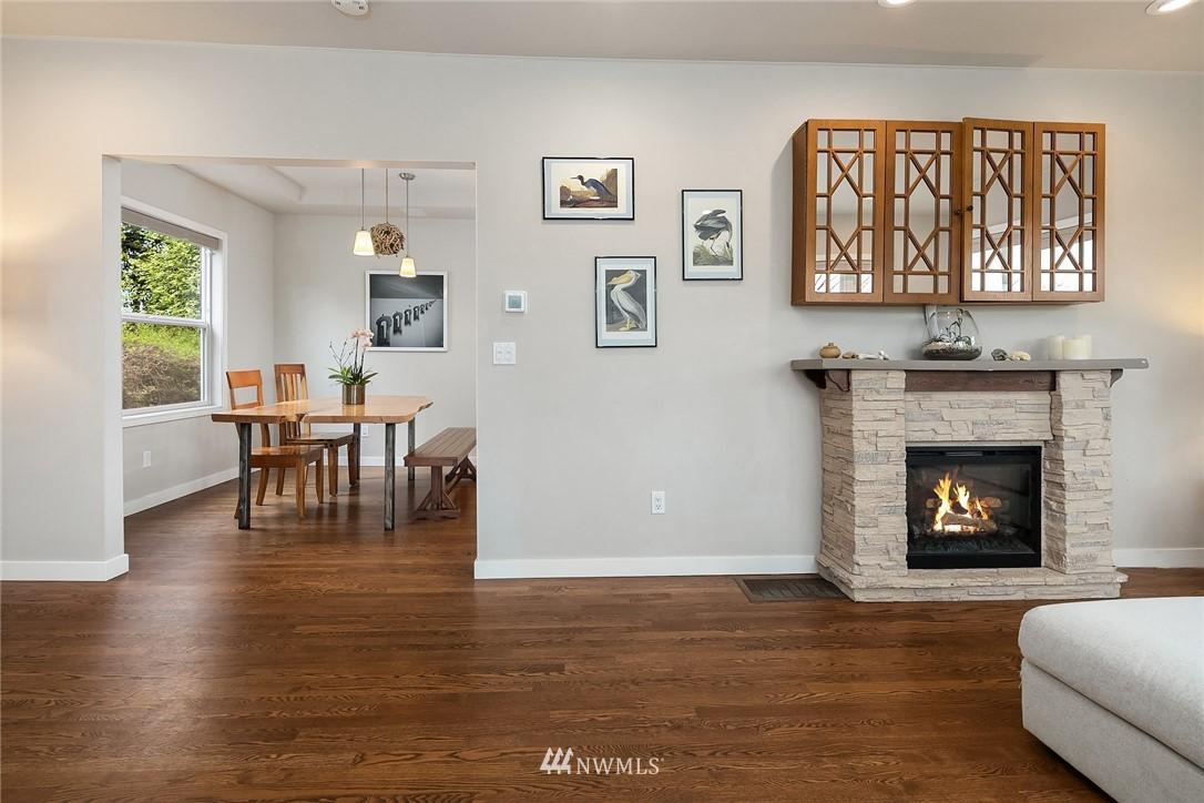 Sold Property   9610 8th Avenue NE Seattle, WA 98115 5