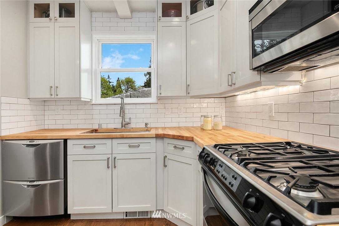 Sold Property   9610 8th Avenue NE Seattle, WA 98115 8